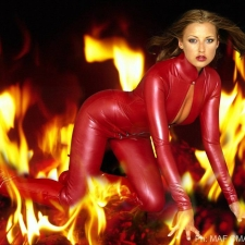 Model : Nikky Kidd